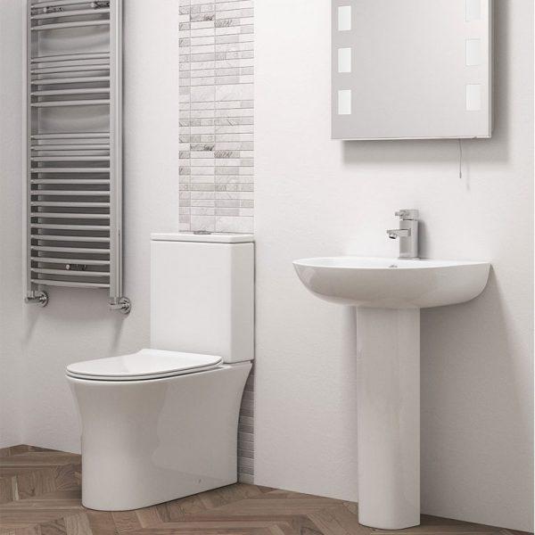 quest bathroom suite at burkes homevalue kantruk